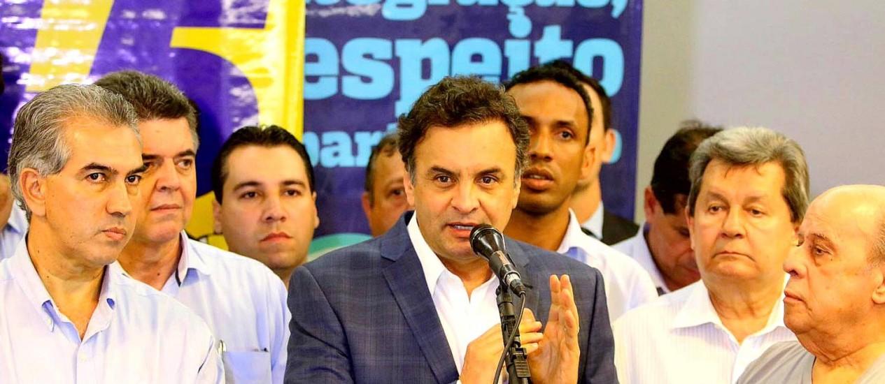 """Eleitor quer """"mudanças profundas em relação a tudo o que está aí"""", diz Aécio Foto: George Gianni / Divulgação PSDB"""