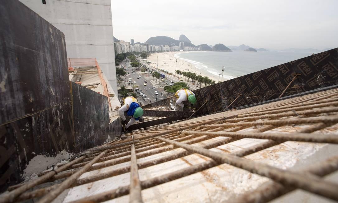 Execução das fundações foi um dos maiores desafios da obra, que recebeu verba de R$ 100 milhões Foto: Márcia Foletto / Agência O Globo