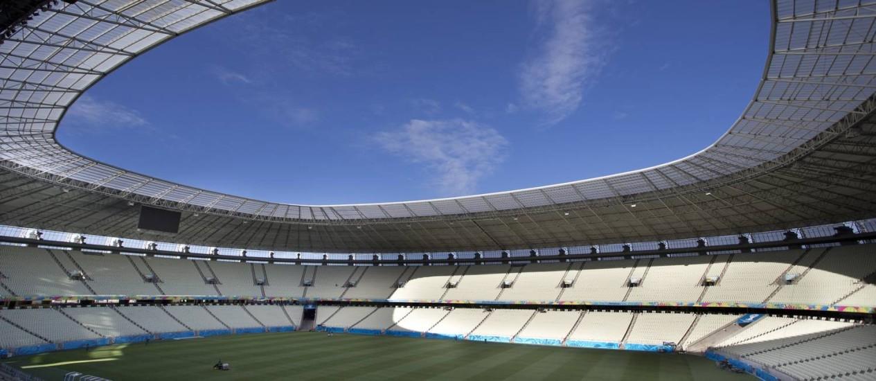 O Castelão será um dos palcos do Mundial Foto: Guito Moreto / Agência O Globo