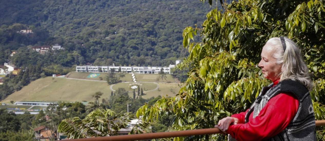 Moradores alugam suas casas para quem quer ficar mais perto da seleção brasileira Foto: Guito Moreto / Agência O Globo