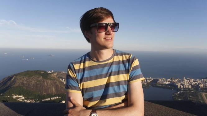 Promoção. O jornalista alemão Ole Hilgert só resolveu vir ao Brasil para a Copa após encontrar bilhete aéreo a € 400 Foto: Daniela Dacorso