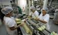 Chinezinho. Indústria de alimentos localizada no munícipio do Rio prevê queda de 5% no faturamento por causa dos feriados da Copa
