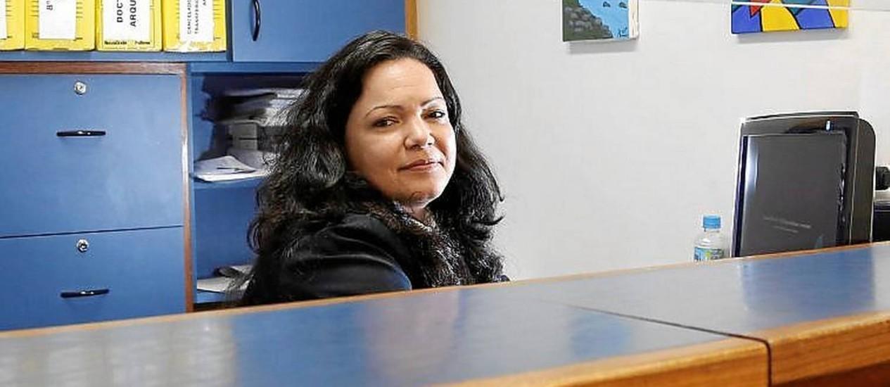 Ana Paula foi promovida depois de cursar secretariado à distância Foto: Fabio Rossi