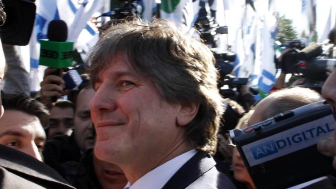 Boudou chega para depor, num tribunal de Buenos Aires: vice é investigado também por enriquecimento ilícito e tráfico de influência Foto: REUTERS