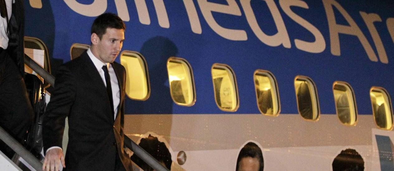 Messi desembarca em Belo Horizonte na noite desta segunda-feira Foto: WASHINGTON ALVES / REUTERS
