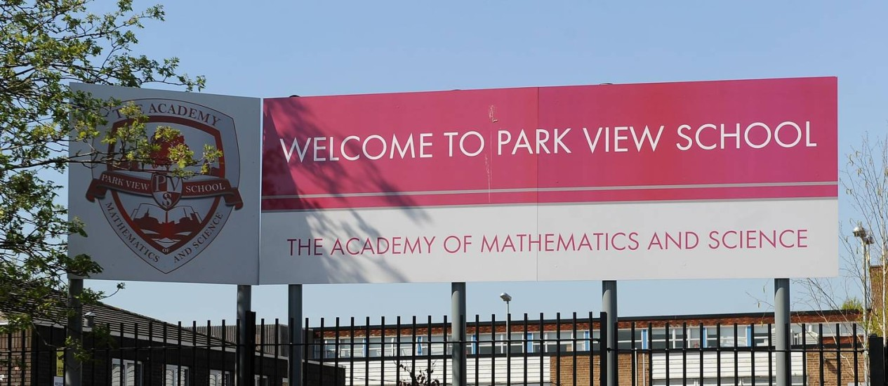 Park View School, em Birmingham: segundo relatório oficial, escolas da cidade estariam sob influência de conservadores islâmicos Foto: AP-16-4-2014