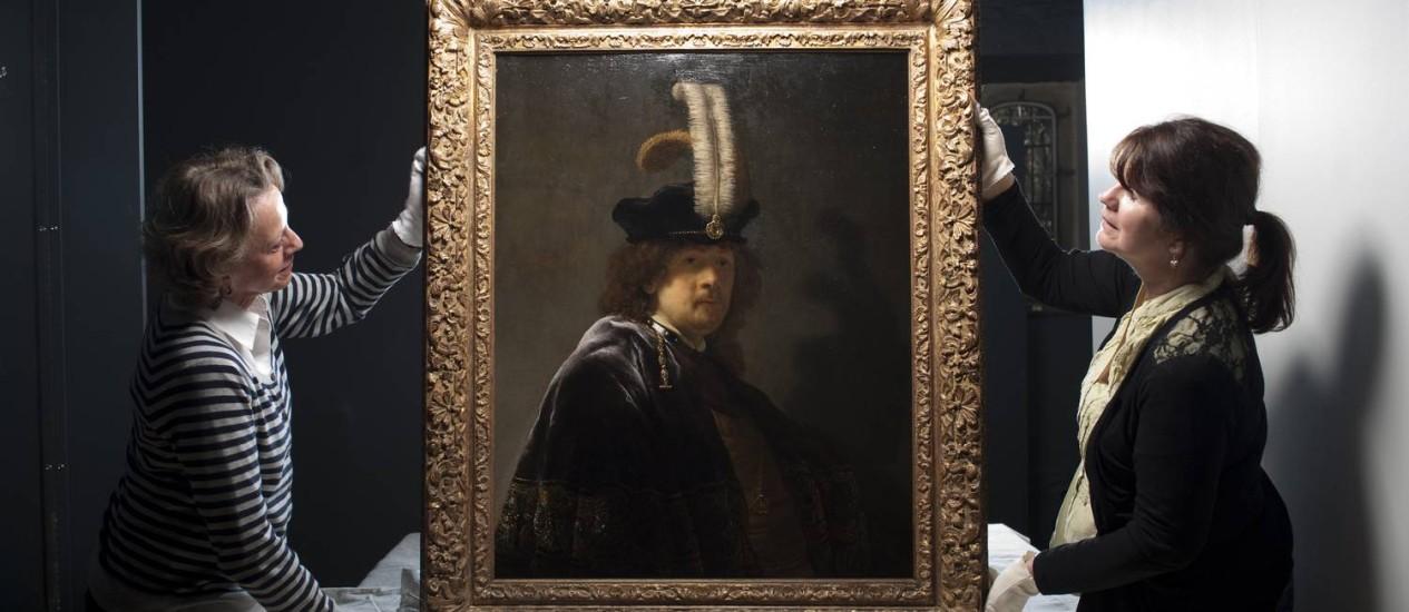 Autorretrato de Rembrandt, avaliado em mais de R$ 100 milhões Foto: Steven Haywood/National Trust / AP