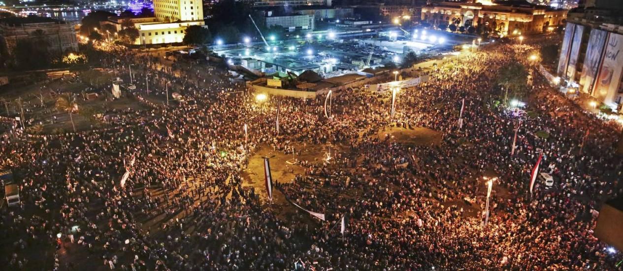 Os assédios sexuais em massa na Praça Tahrir causaram indignação no Egito Foto: Thomas Hartwell / AP