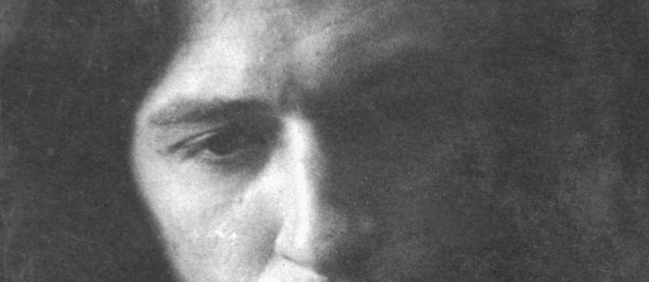 Torquato Neto, em foto clássica de Ivan Cardoso, no ano de sua morte, 1972. Foto: Ivan Cardoso / Divulgação/Ivan Cardoso