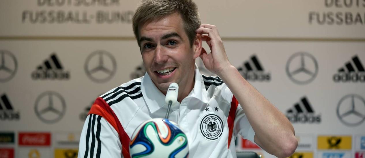 O capitão alemão na coletiva desta terça Foto: Patrick Stollarz/AFP