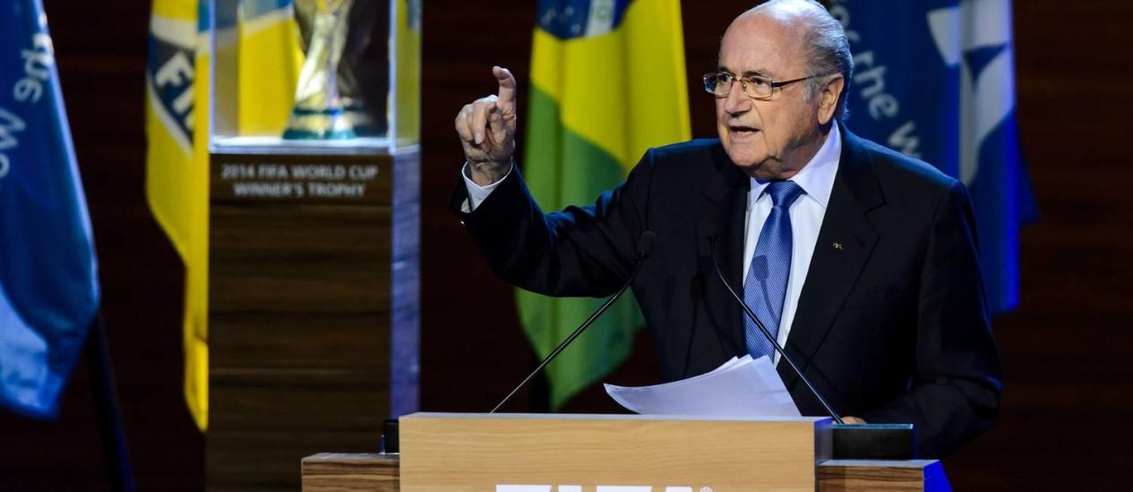 O presidente da Fifa, Joseph Blatter, durante congresso nesta quarta-feira, em São Paulo Foto: FABRICE COFFRINI / AFP