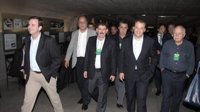 Governantes fluminenses na Convenção Nacional do PMDB: Rio estaria na 'lista negra' Foto: Jorge William/10-06-2014 / Agência O Globo