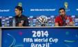 O técnico Niko Kovac (a esquerda) e o capitão croata, Darijo Srna, dizem saber como neutralizar o poder ofensivo do Brasil
