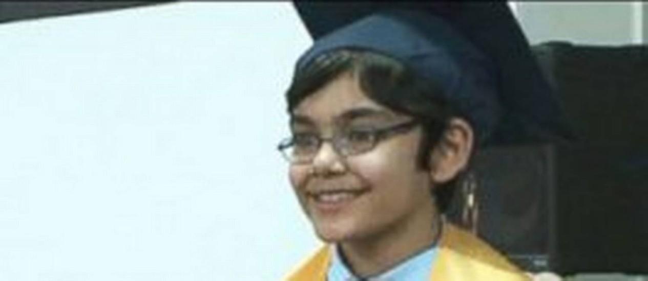 Com 10 anos, Tanishq Abraham já se formou no ensino médio e estuda cursos universitários Foto: Reprodução de Facebook