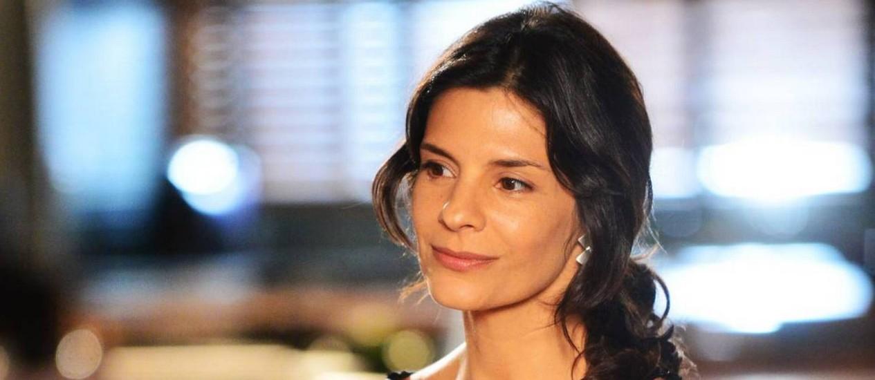Verônica diz a Laerte que duvida de sua felicidade com Luiza Foto: Divulgação/ TV Globo