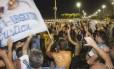 Argentinos aproveitam a noite em Copacabana