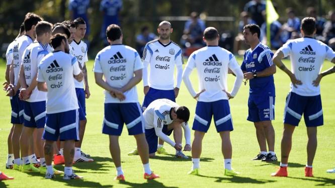 Seleção da Argentina durante o treino desta sexta-feira Foto: AFP