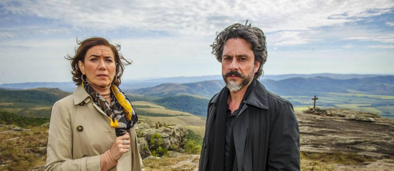 """Lilia Cabral e Alexandre Nero em gravações em Carrancas da novela """"Império"""" Foto: Alex Carvalho / TV Globo"""