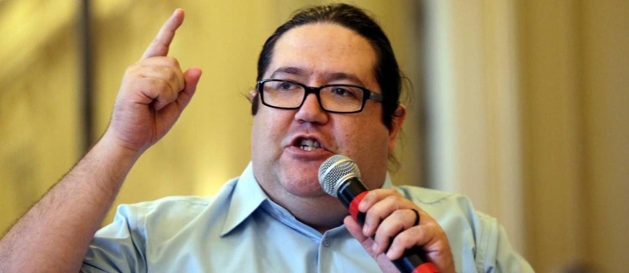 Tarcísio Motta é candidato ao governo do Rio pelo PSOL Foto: Cezar Loureiro / Agência O Globo