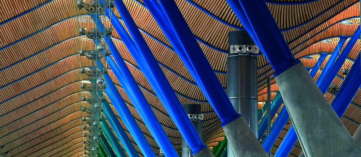 O terminal 4 do aeroporto de Barajas em Madri, operado pela Aena Foto: Manuel Renau / Bloomberg
