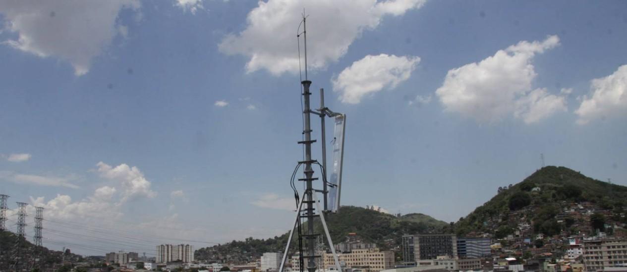 Torre de telefonia: expansão da demanda por internet rápida movimenta mercado Foto: Pauty Araujo/5-12-2013