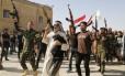 Voluntários se juntam ao Exército iraquiano para combater os jihadistas do Isis