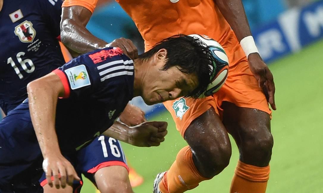 Mas a partida teve momentos difíceis... Foto: JAVIER SORIANO / AFP