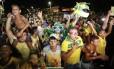Torcedores esperavam em vão a chegada da seleção a Fortaleza