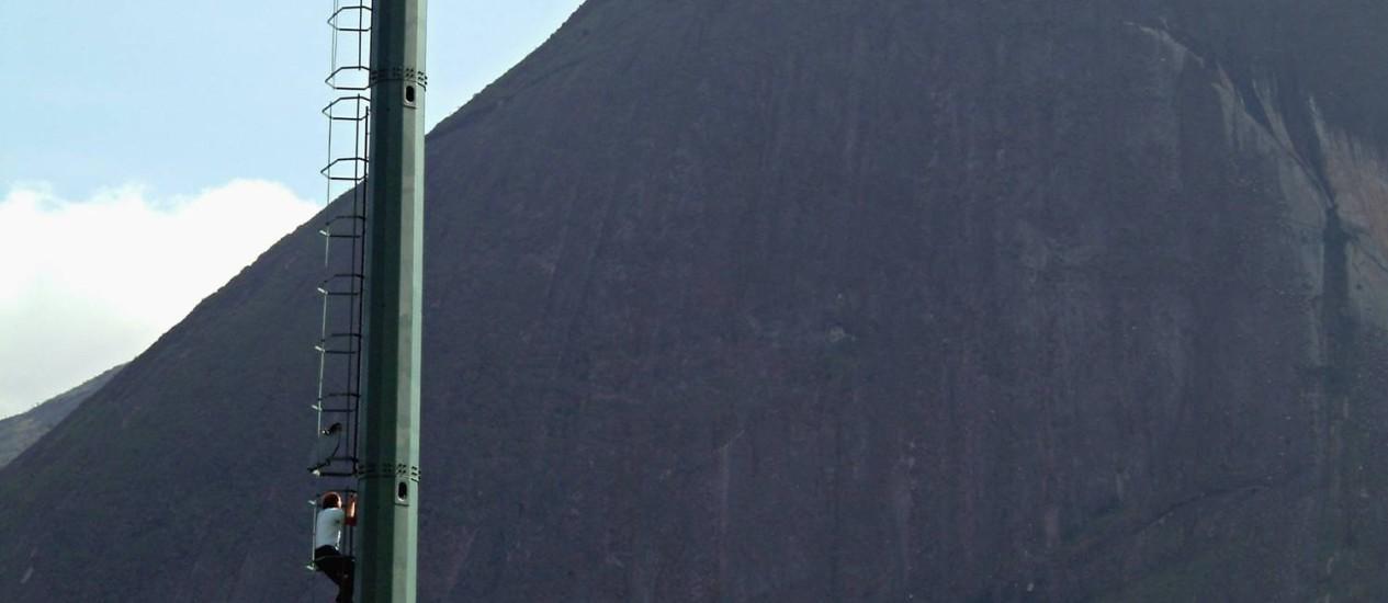Torre de telefonia celular Foto: Rodrigo Azevedo/JB/1-9-2005