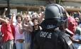 Confusão durante desocupação de imóvel em Recife