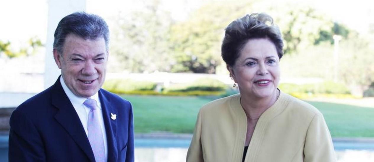 Dilma recebe Juan Manuel Santos, presidente da Colômbia Foto: Ailton de Freitas / O Globo