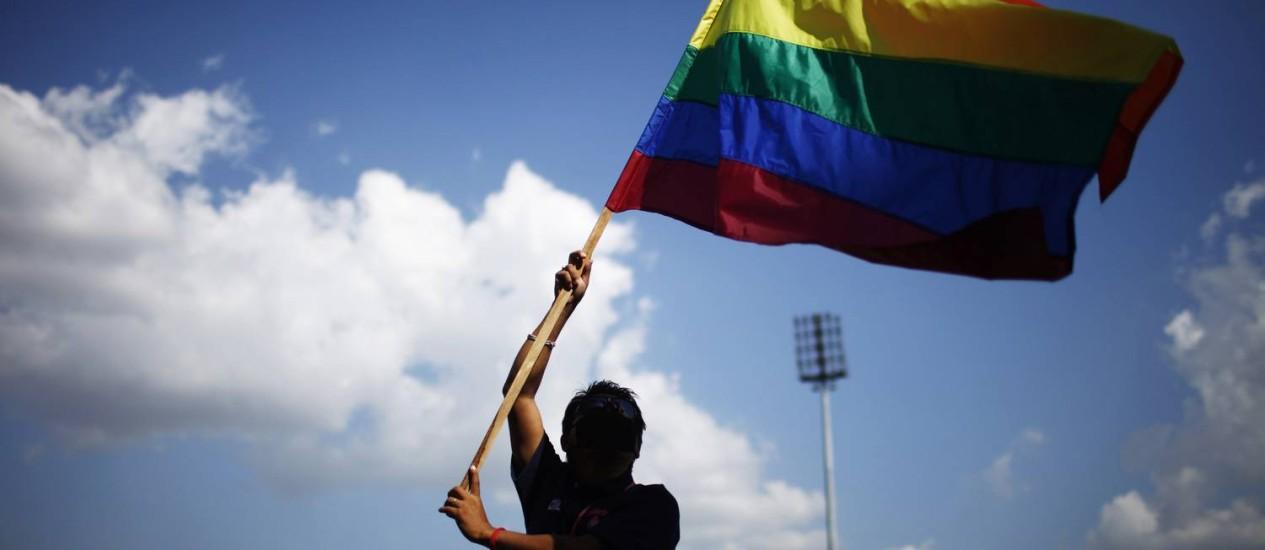 Grupo que defende causa LGBT não concorda com iniciativa porque restringiria diversidade Foto: Niranjan Shrestha / Niranjan Shrestha / AP