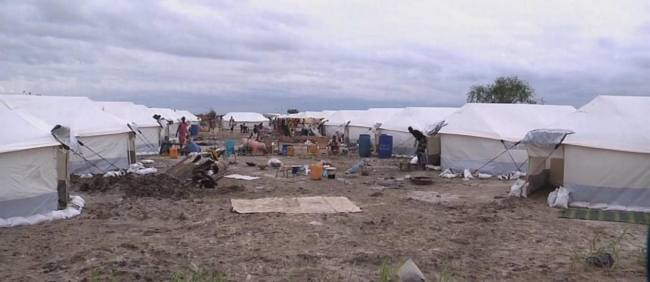 Campos de refugiados foram montados desde o ano passado para receber as vítimas do conflito Foto: Divulgação