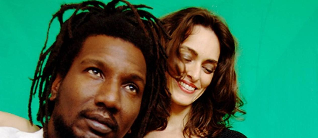 René Ferrer e Carolina Sá Foto: Cy Hanning / Cy Hanning