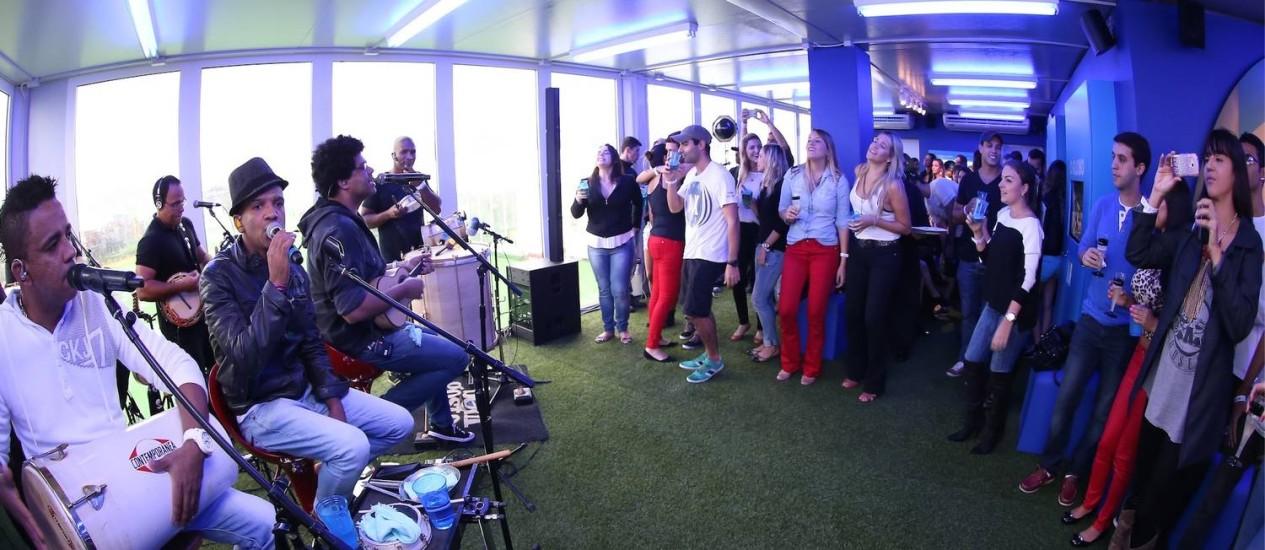 Show durante o feriado de Corpus Christi na Casa O GLOBO, que acontece no Jockey Club Foto: Marco Sobral / O Globo