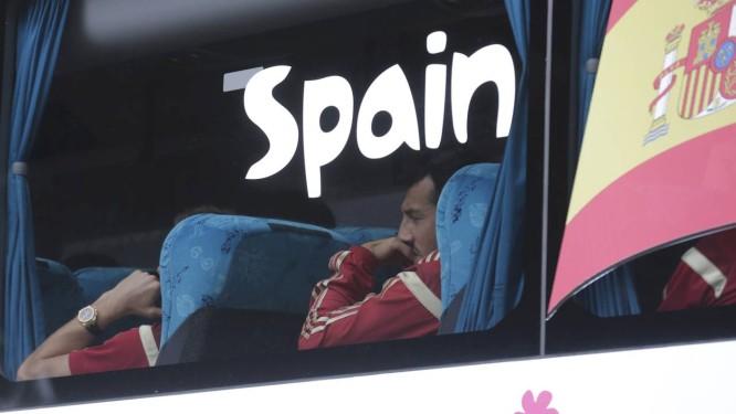 O time espanhol volta ao seu centro de treinamento, na capital do Paraná: era esperados 1.200 torcedores, mas é possível que muitos desistam de ver o último jogo Foto: Henry Romero/ Reuters