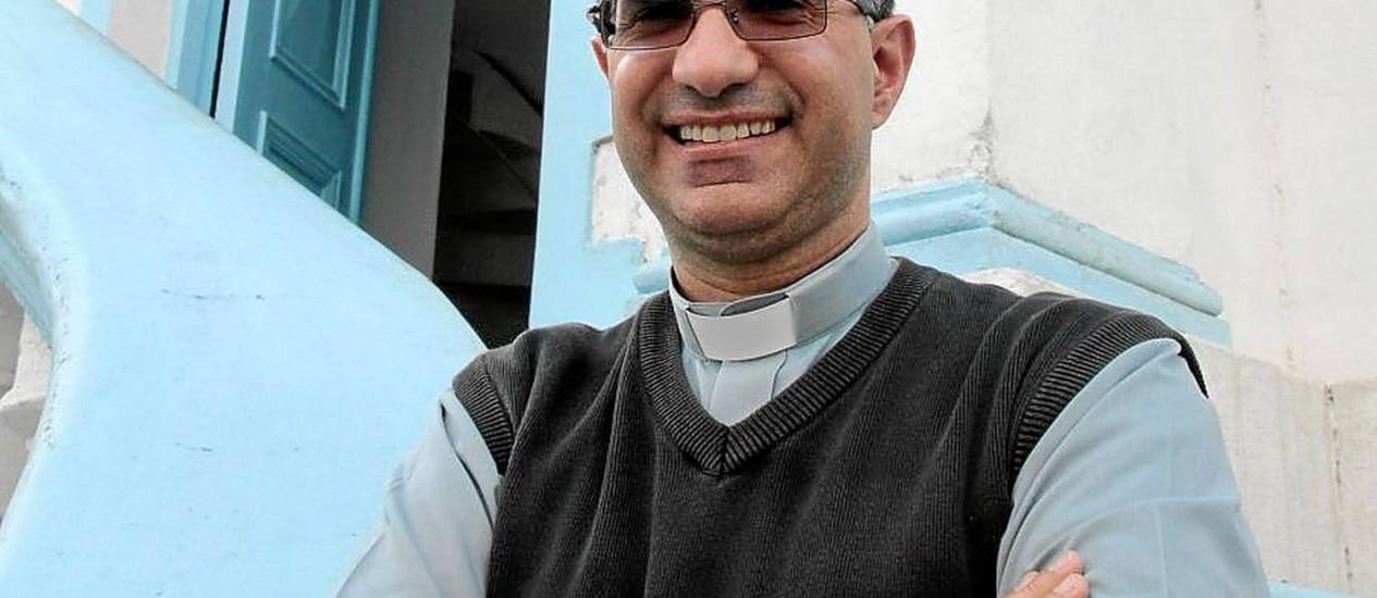 Padre Marcos Belizário é o quinto pároco da Paróquia de São Conrado Foto: Fernanda Dias/ Agência O Globo