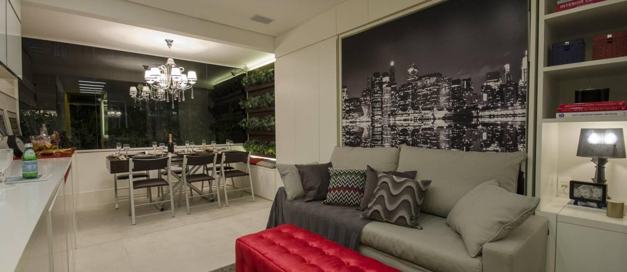 Com consultoria de Graham Hill, o VN Quatá, em São Paulo foi lançado em outubro do ano passado e tem 90 unidades entre 19 e 22 metros quadrados e móveis que se transformam junto com a função do ambiente Foto: Divulgação / Divulgação