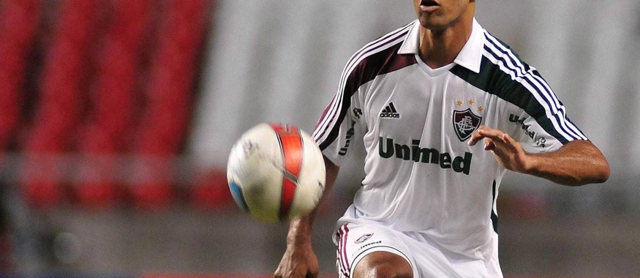 Leandro Euzébio está com tudo encaminhado para deixar o Fluminense depois de quatro anos no clube: zagueiro saiu com dois títulos brasileiros e um carioca Foto: Wallace Teixeira/01.04.2012
