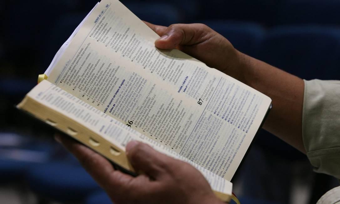 Caráter 'universal' da Bíblia é usado como argumento para emplacar projeto Foto: Ana Branco