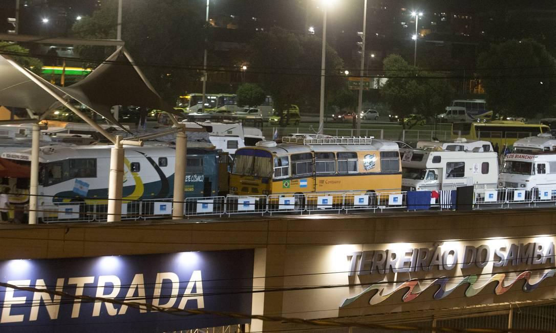 Motorhomes no Terreirão: prefeitura admite que não previu chegada de tantos veículos Foto: Antonio Scorza / Agência O Globo