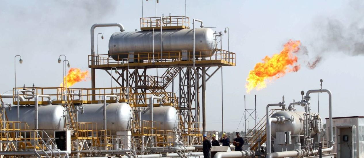 Escalada da violência no Iraque ameaça o desenvolvimento de algumas das maiores reservas de petróleo do mundo Foto: ESSAM -AL-SUDANI / AFP