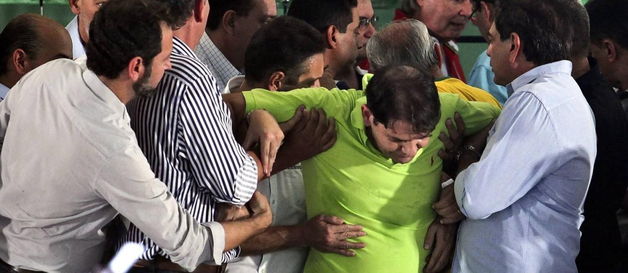 O governador do Ceará, Cid Gomes, desmaiou na convenção do PDT em Fortaleza Foto: Jarbas Oliveira