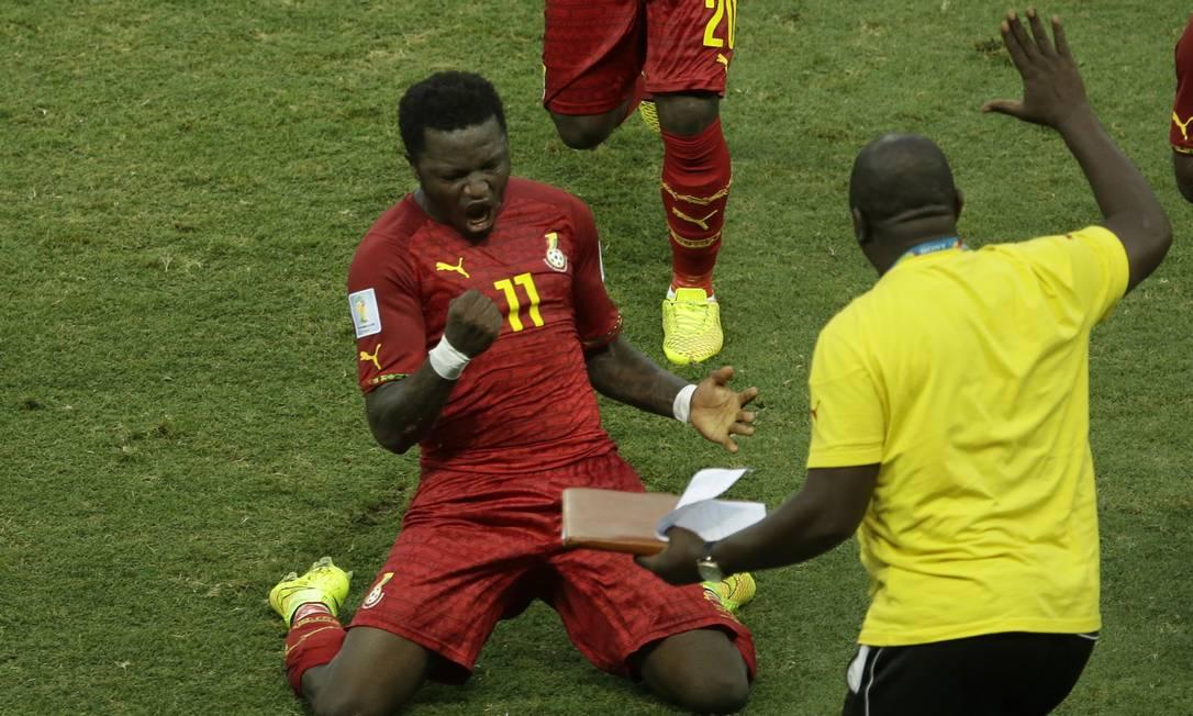 O jogador Muntari Foto: Themba Hadebe / AP