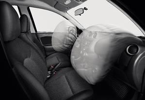 Airbag com defeito pode até explodir e espalhar estilhaços pelo carro Foto: Divulgação