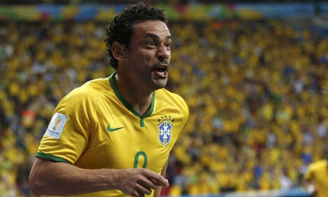 O Brasil tem dois com um gol. Um deles é Fred que marcou contra Camarões UESLEI MARCELINO / REUTERS