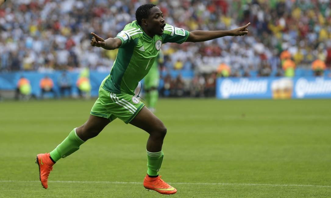 Outro é Ahmed Musa, da Nigéria, que marcou ambos contra a Argentina Fernando Vergara / AP