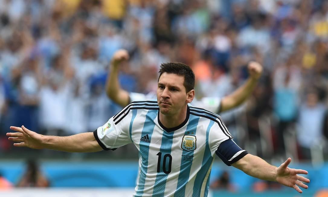 c13121eb26af9 Messi comemora contra a Nigéria  camisa 10 marcou dois gols na partida  Foto  JEWEL