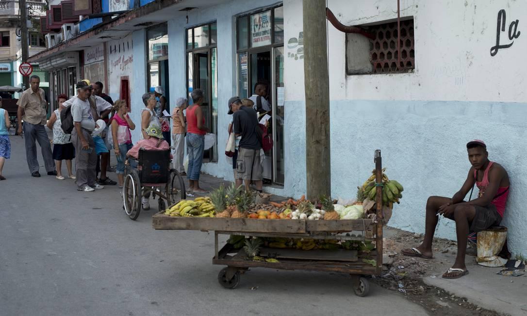 Vendedor de frutas em Havana Foto: René Bauer