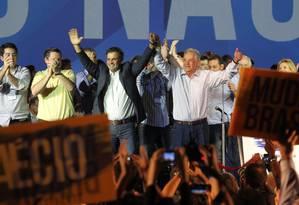 Aécio na convenção nacional do PSDB: partido pode optar por vice tucano Foto: Marcos Alves/14-06-2014 / Agência O Globo